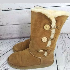 UGG Bailey brown Button Sherpa Triplet Boots 6